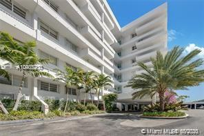 Commodore Club South #113 - 199 Ocean Lane Dr #113, Key Biscayne, FL 33149