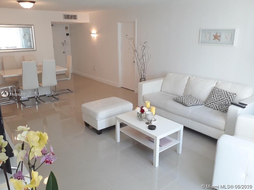 Del Prado #204 - 18061 Biscayne Blvd #204, Aventura, FL 33160