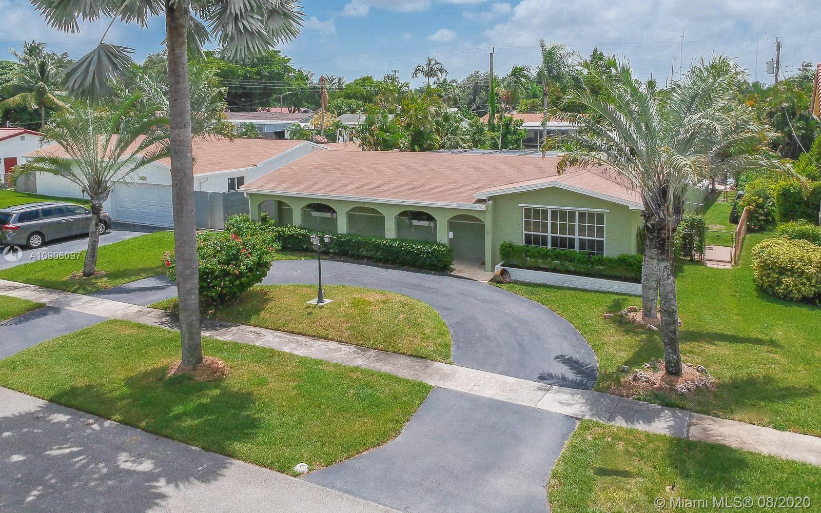 Hollywood Hills - 5430 Buchanan St, Hollywood, FL 33021