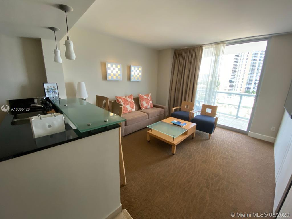 18683 Collins Ave #1503 photo02