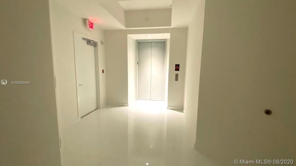 Paramount Miami Worldcenter #3804 photo04
