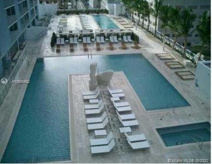 One Miami #3900 photo17