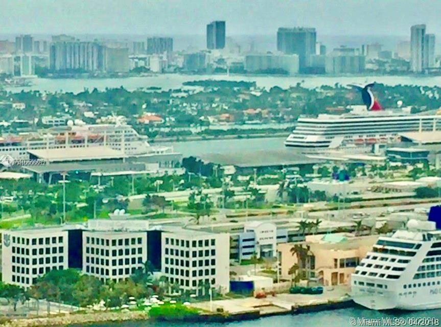 One Miami #3900 photo01
