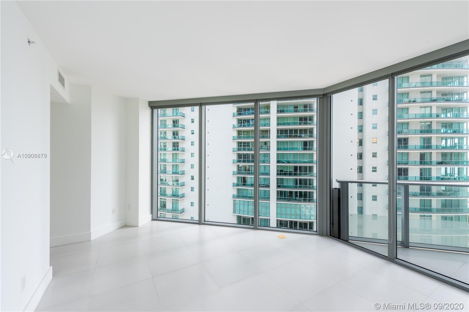 1300 Brickell Bay Dr #1208 photo07