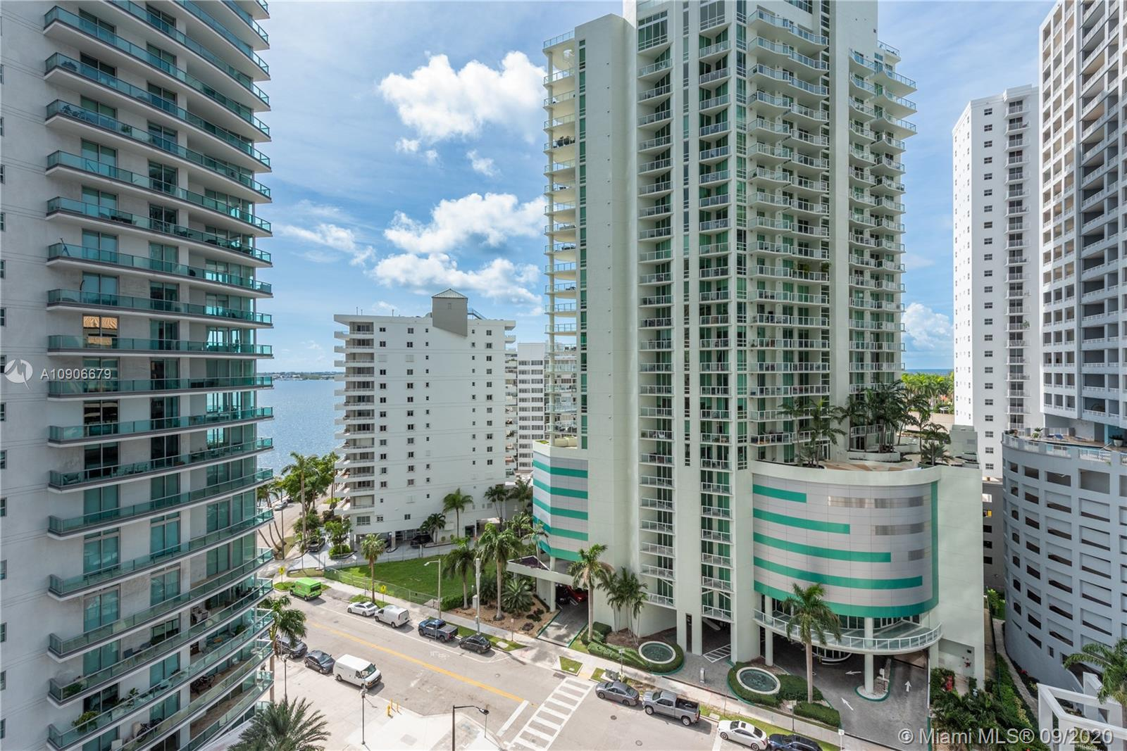 1300 Brickell Bay Dr #1208 photo09