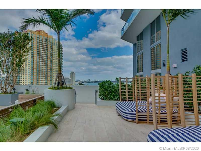 1300 Brickell Bay Dr #1208 photo050