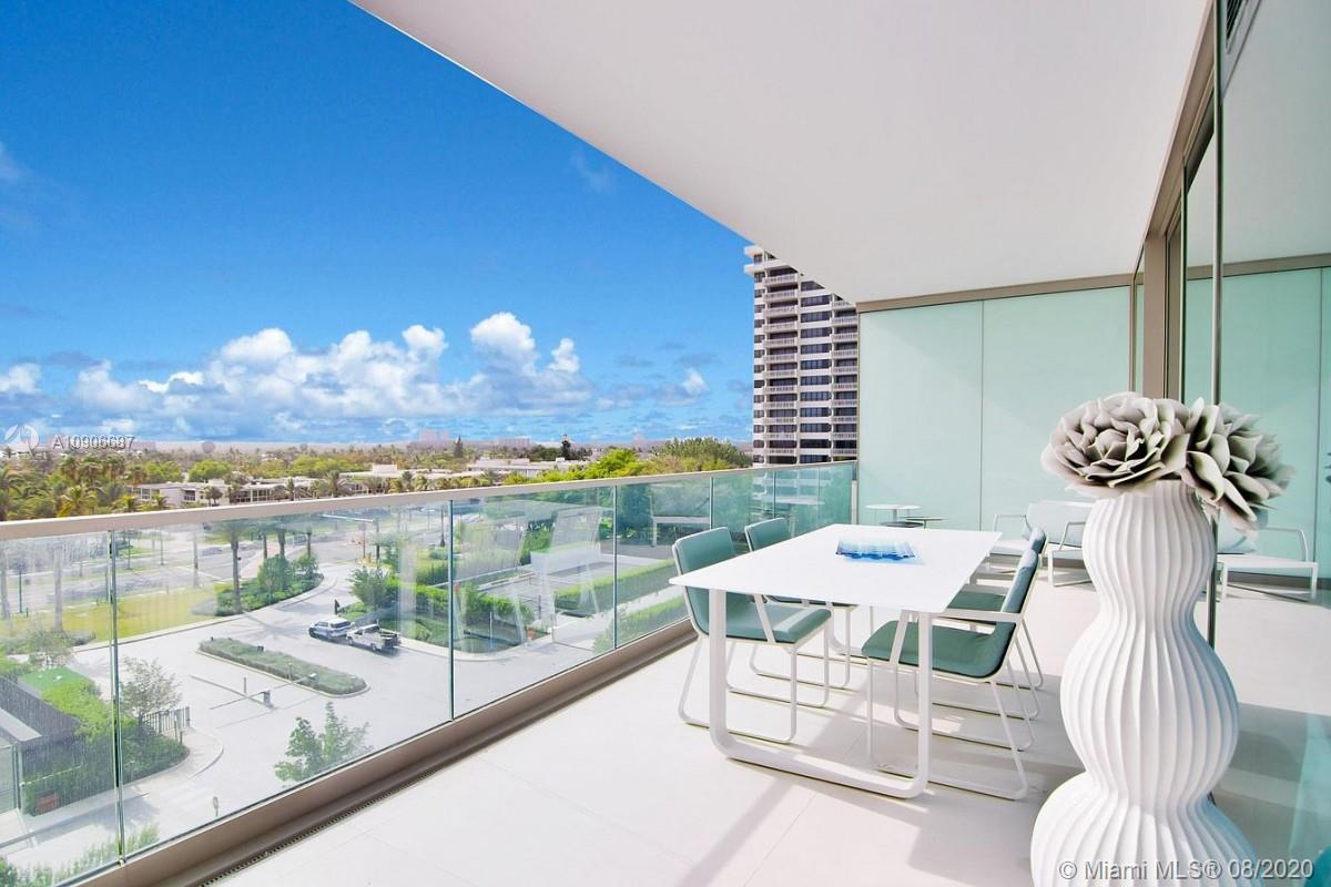 10201 Collins Ave #604 photo016