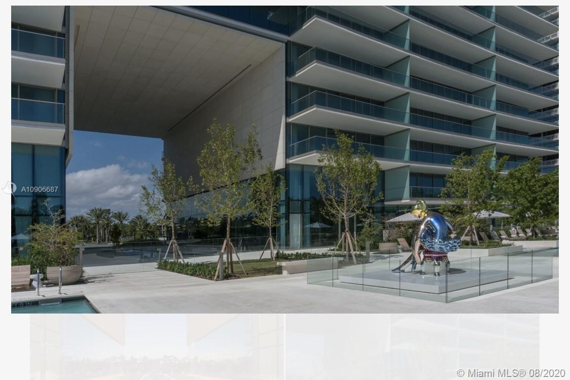 10201 Collins Ave #604 photo018