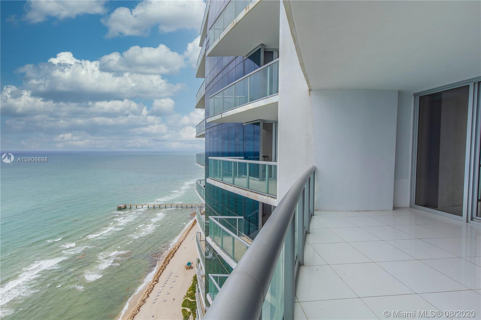 17121 Collins Ave #4205 photo08