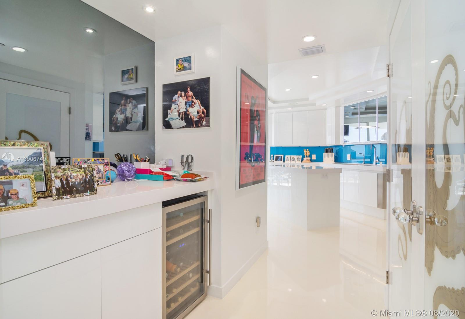 Photo of 2600 Island Blvd #2101 listing for Sale