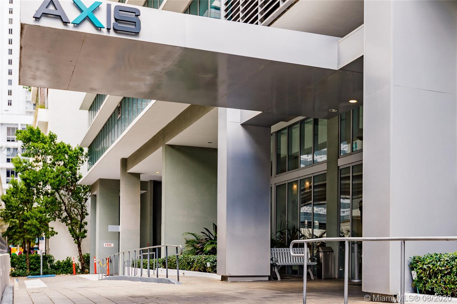 Axis on Brickell North Tower #1414-N - 1111 SW 1st Ave #1414-N, Miami, FL 33130