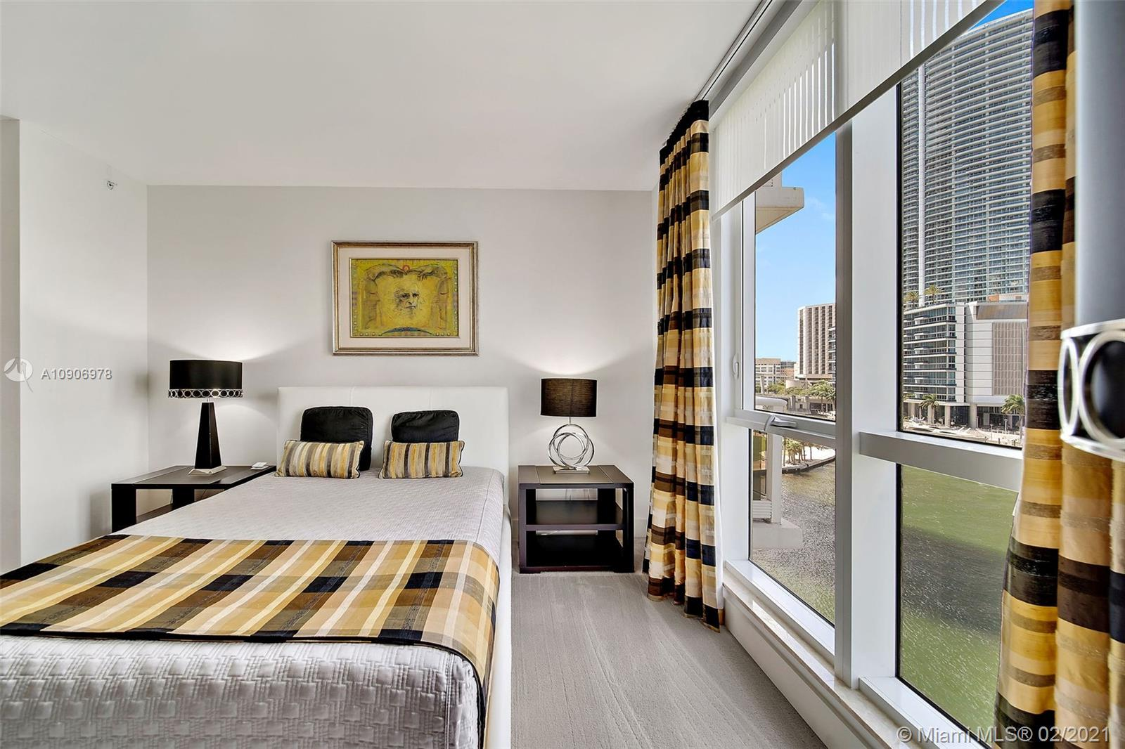 Photo of 901 Brickell Key Blvd #704 listing for Sale