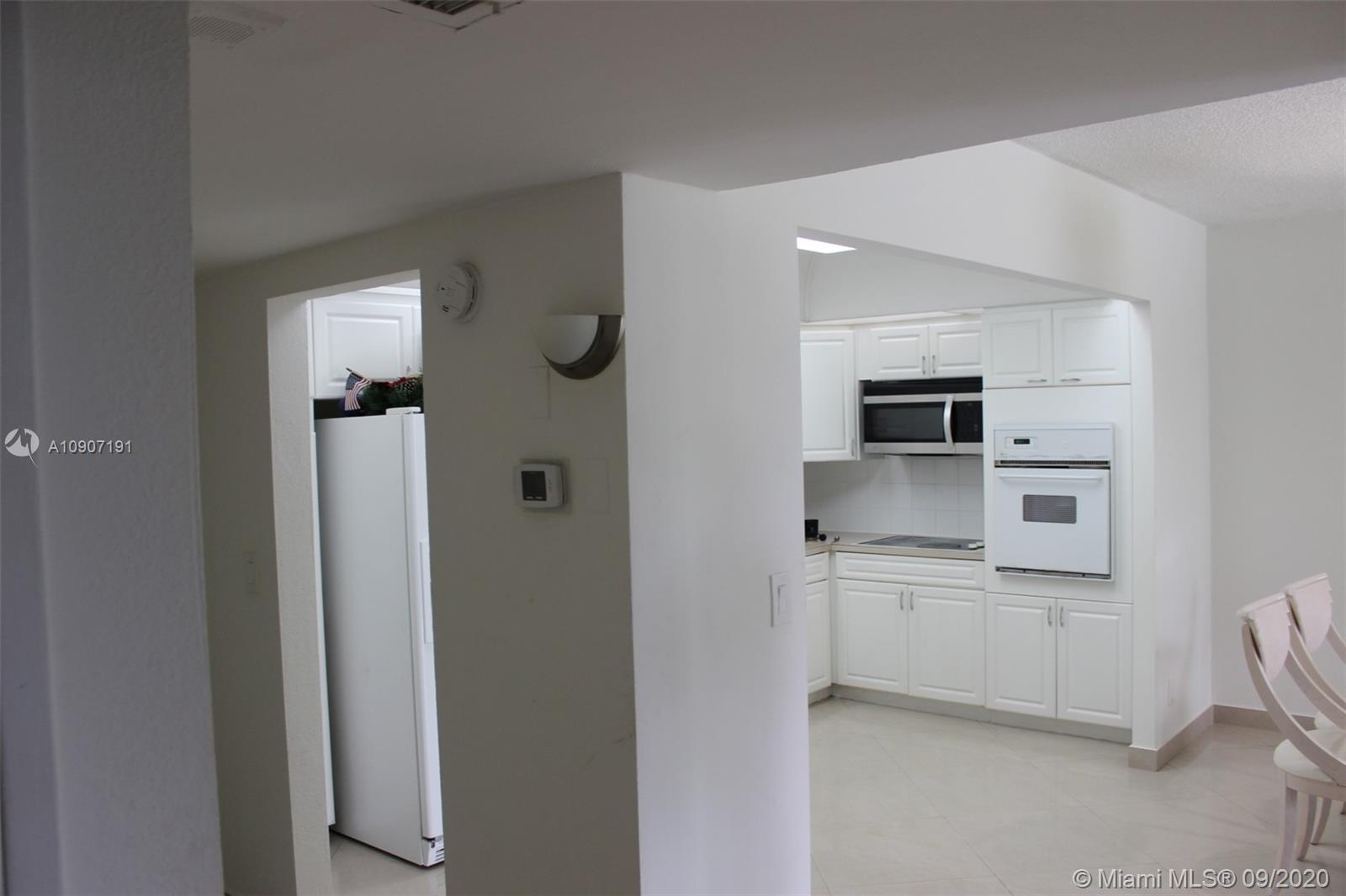 19390 Collins Ave #209 photo016