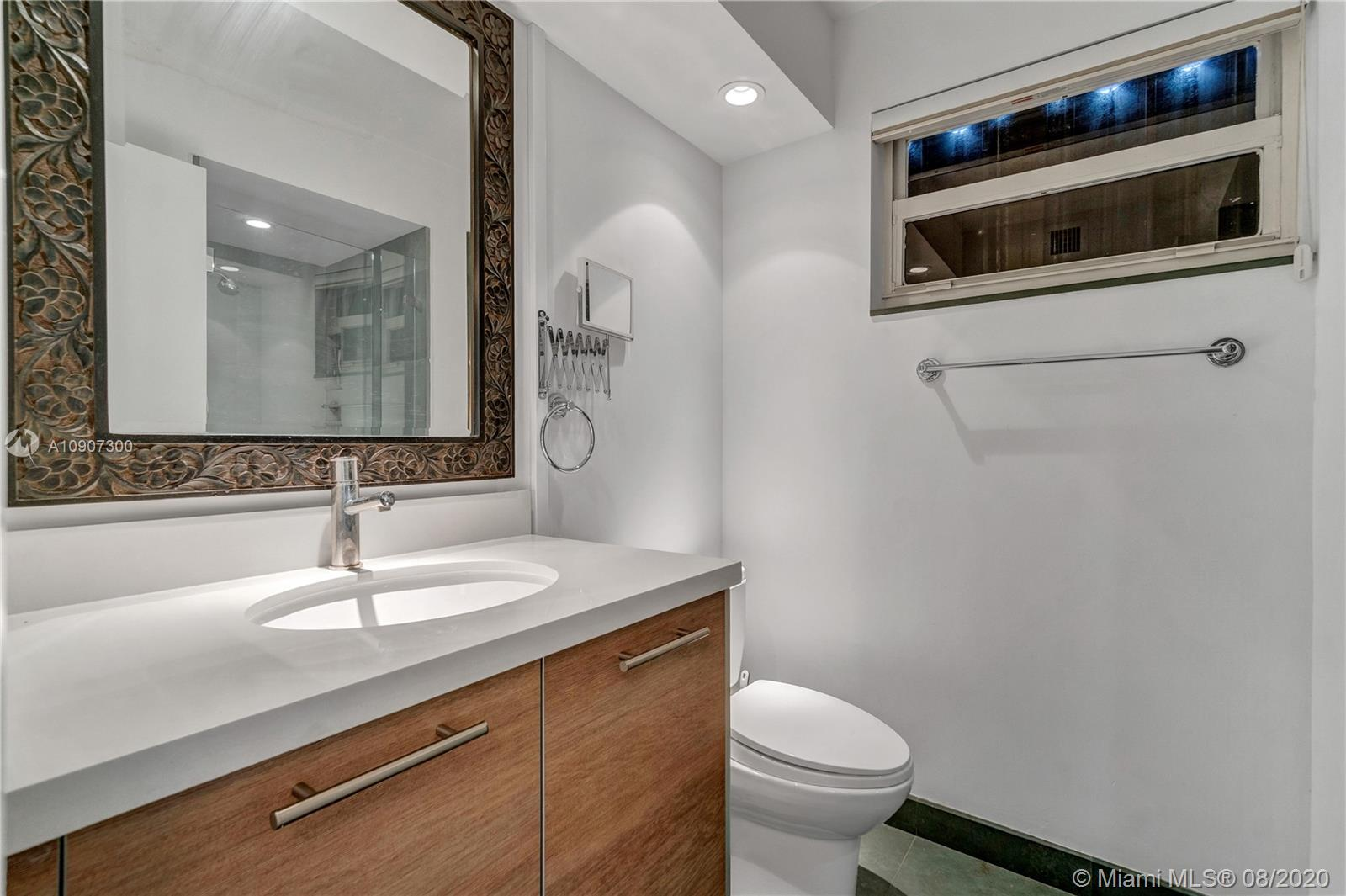2625 Collins Ave #1808 photo018