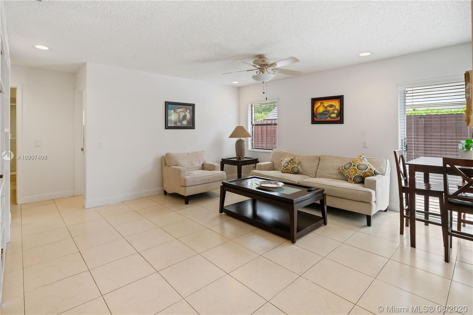 15622 SW 51st Ter photo05