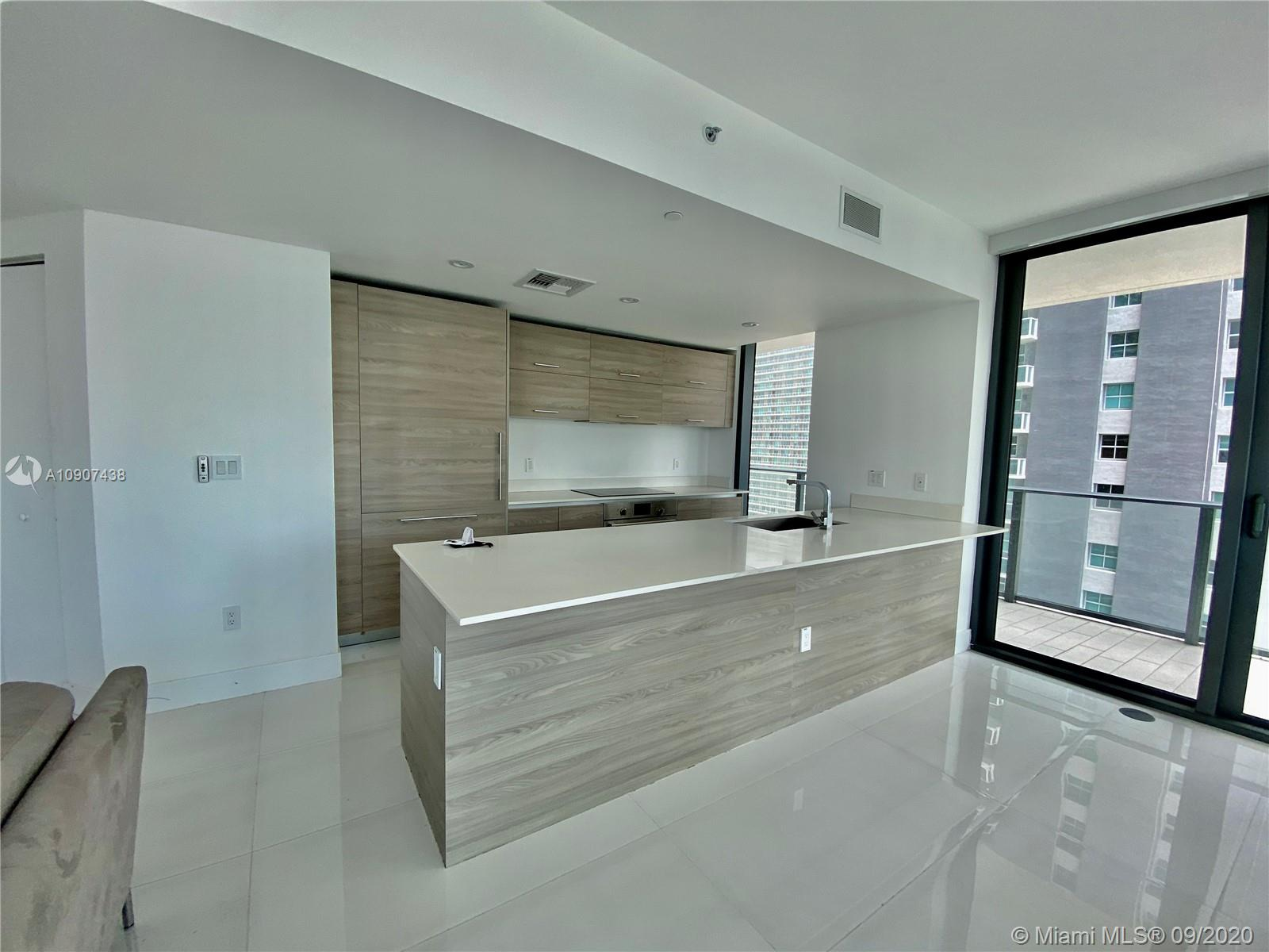 SLS Brickell #2401 photo22