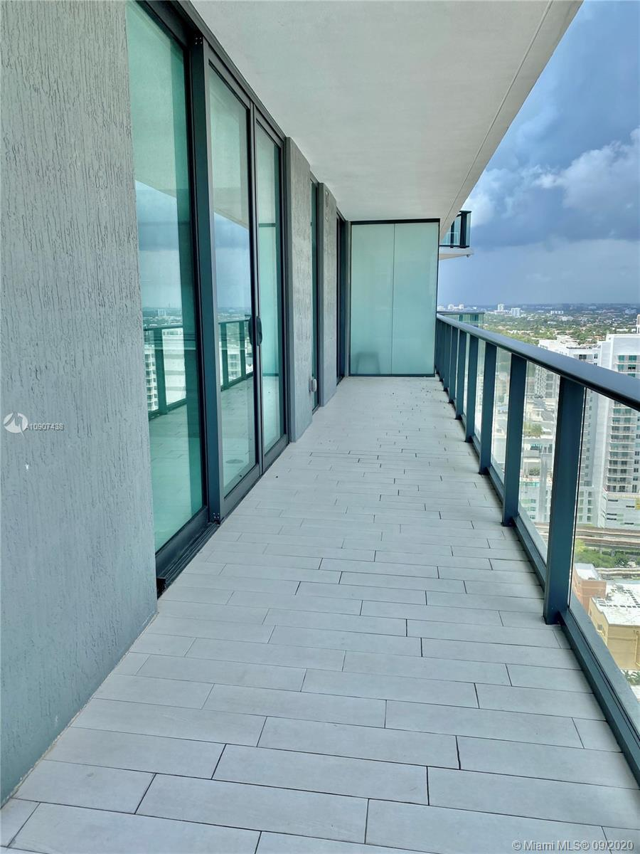 SLS Brickell #2401 photo19