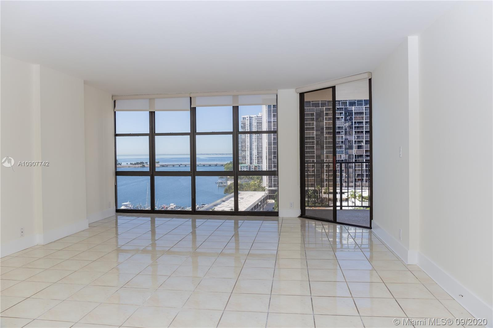 Brickell Place #A1111 photo02
