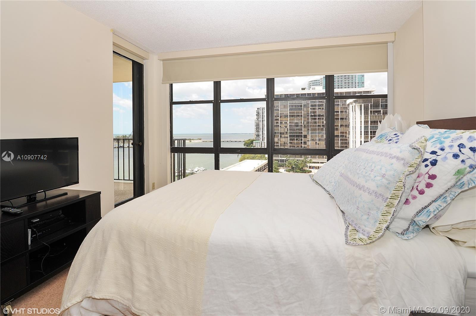Brickell Place #A1111 photo06