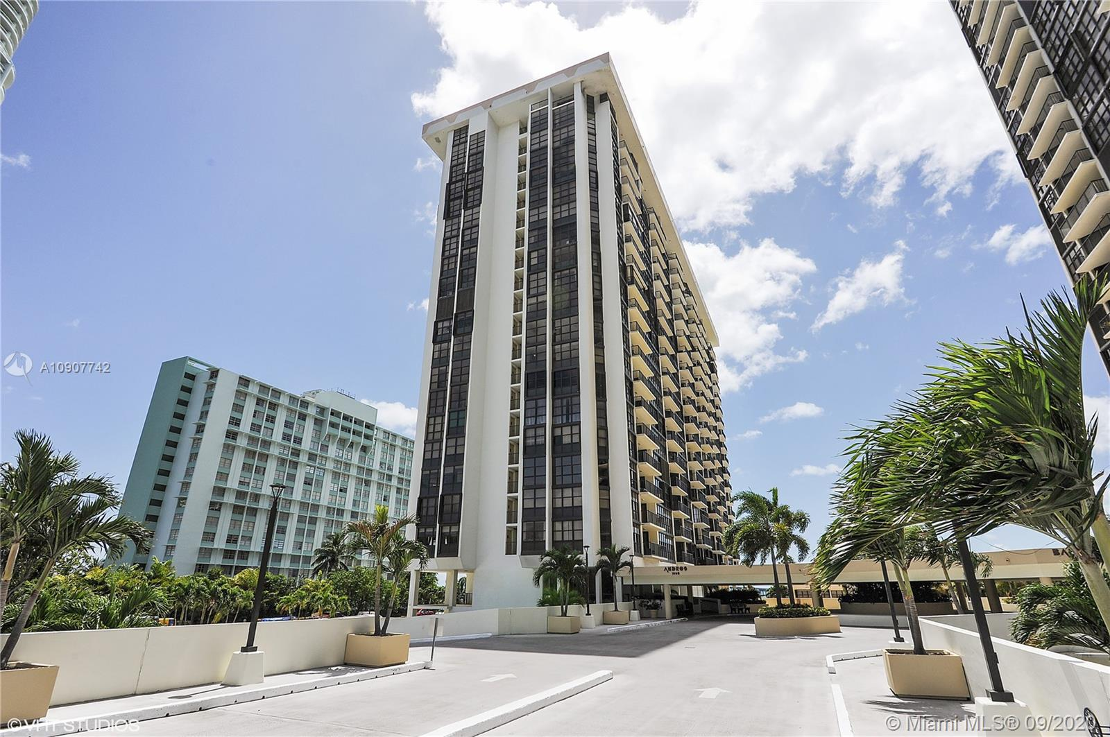 Brickell Place #A1111 photo19