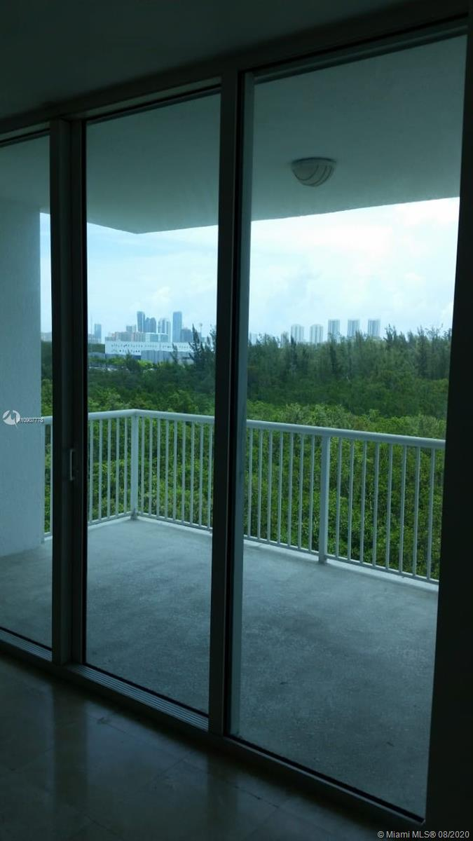 One Fifty One At Biscayne #601 photo09