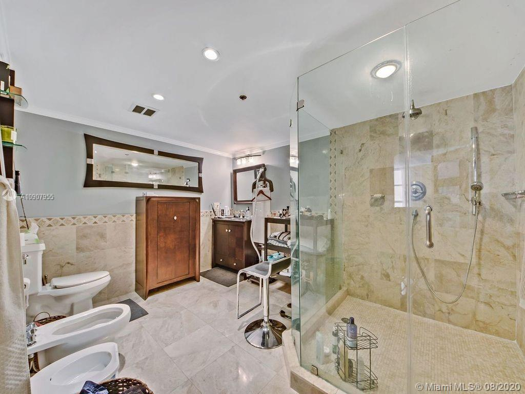 8777 Collins Ave #610 photo07