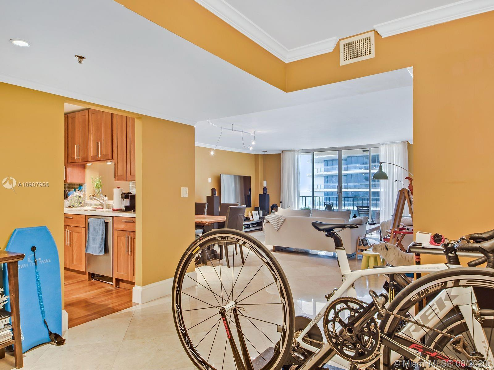 8777 Collins Ave #610 photo020