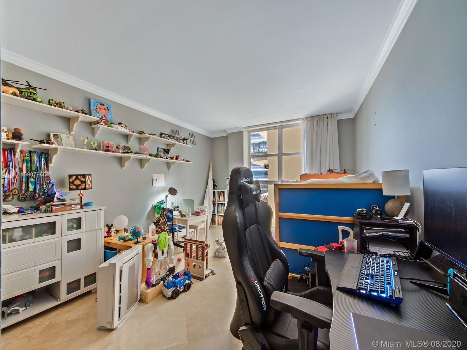 8777 Collins Ave #610 photo09