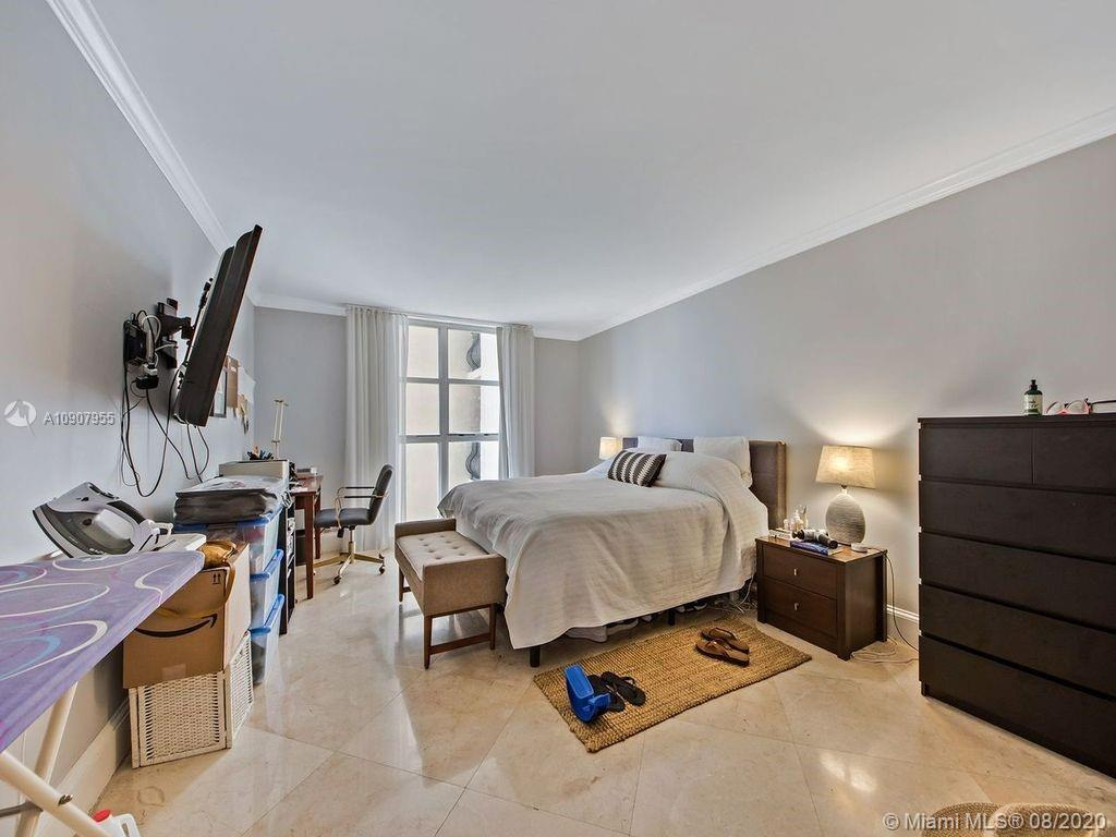8777 Collins Ave #610 photo04