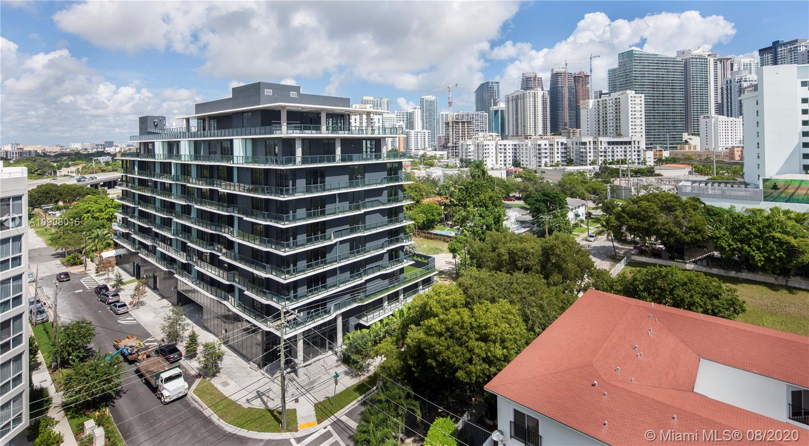 Cassa Brickell #309 photo01
