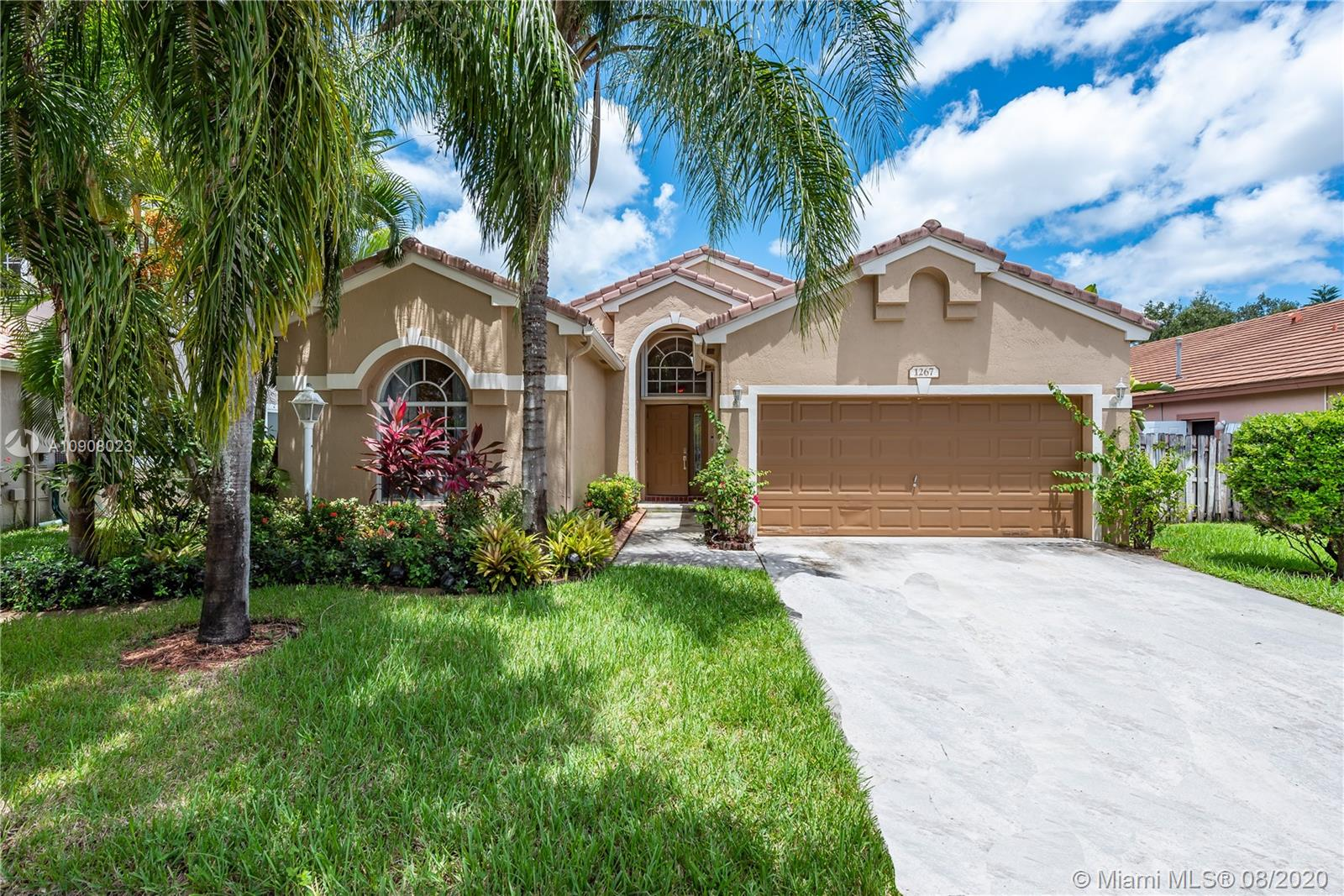 Property for sale at 1267 NW 144th Ter, Pembroke Pines,  Florida 33028