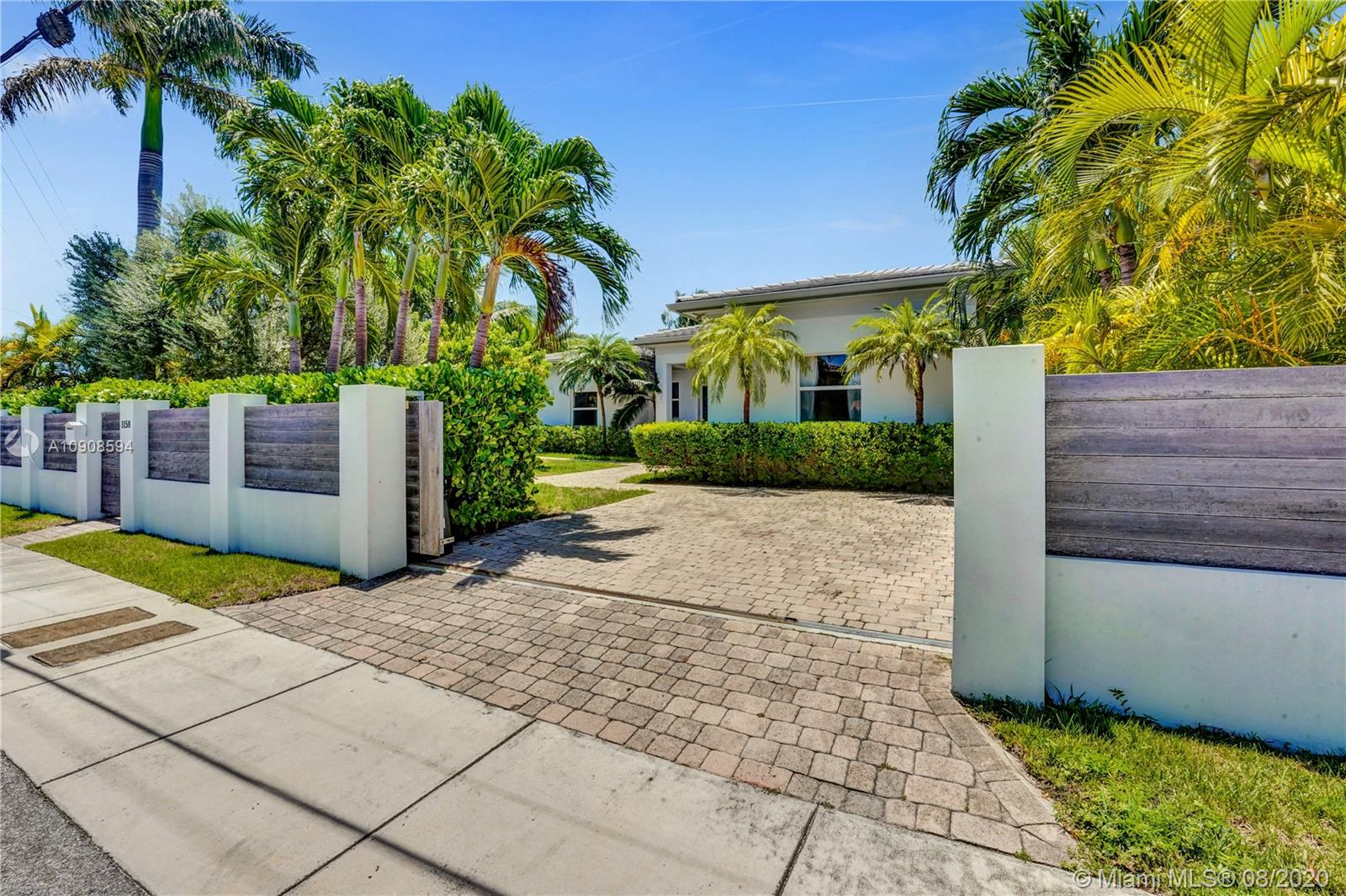 Photo of 1158 S Biscayne Point Rd # listing for Sale