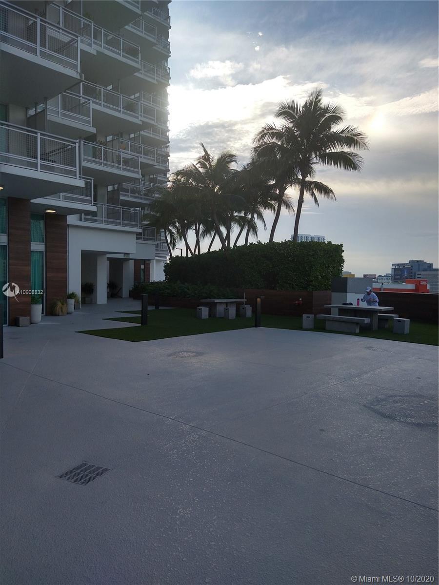 350 S Miami Ave #1511 photo079