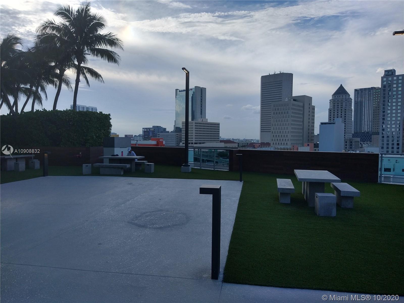 350 S Miami Ave #1511 photo082
