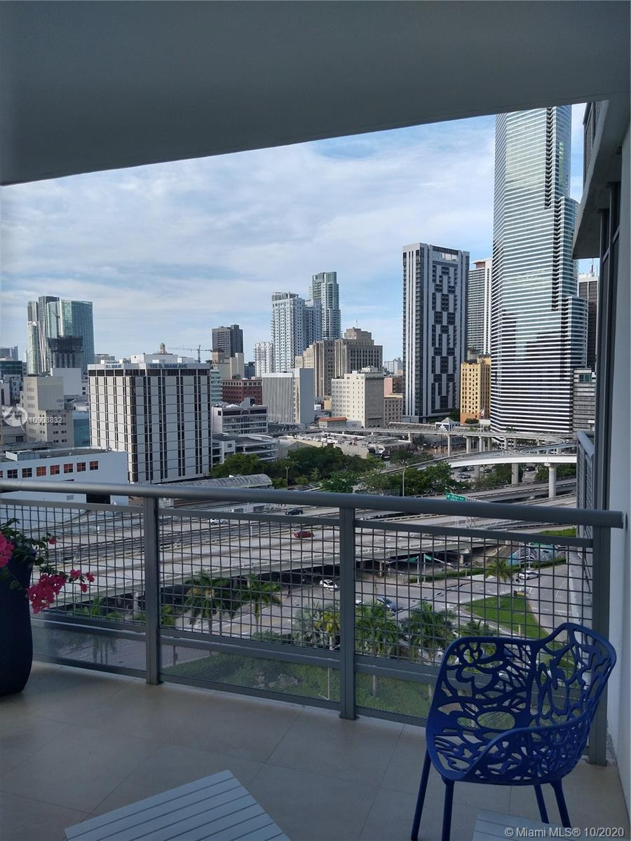 350 S Miami Ave #1511 photo037