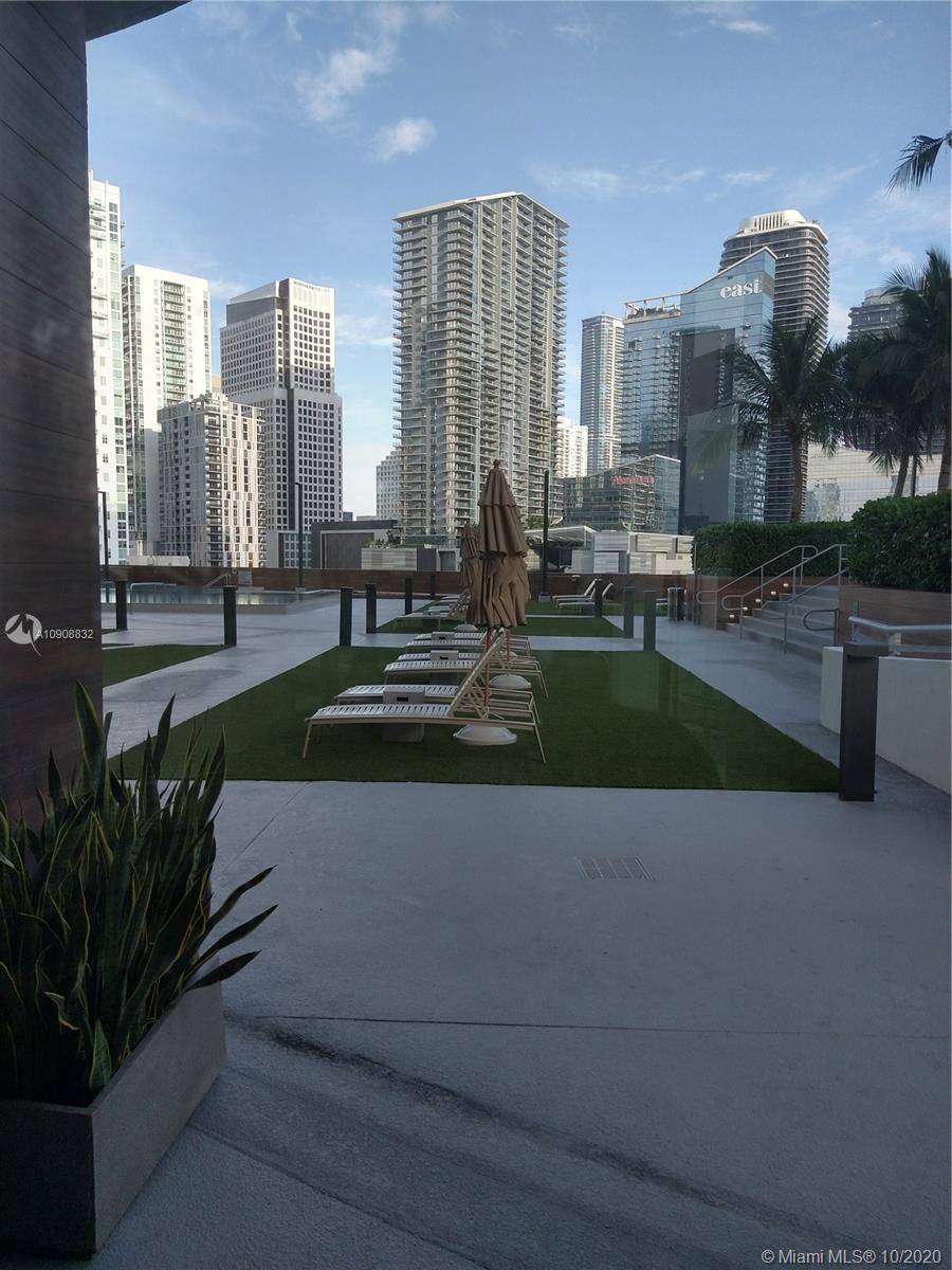 350 S Miami Ave #1511 photo074