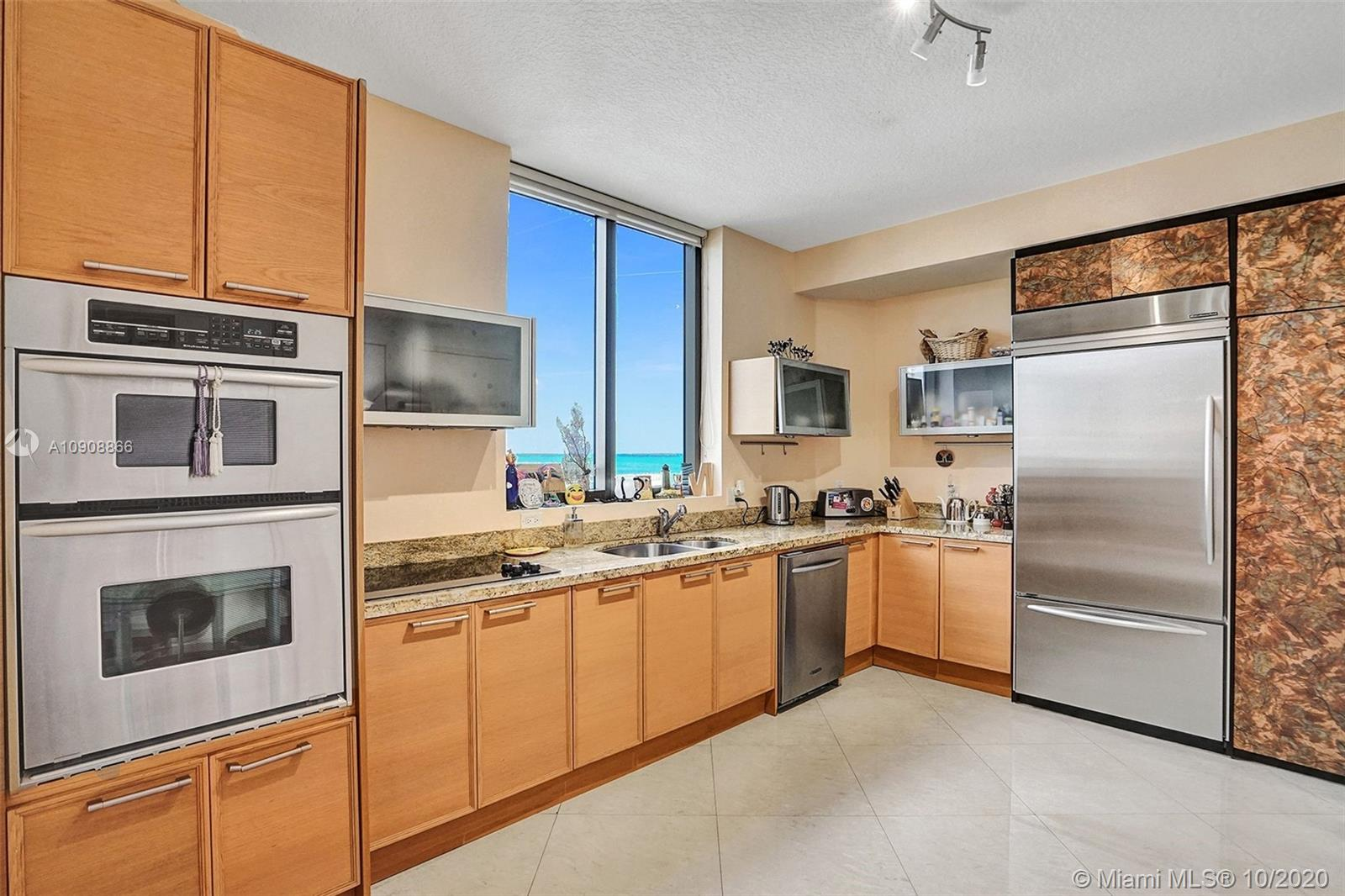 16275 Collins Ave #602 photo047