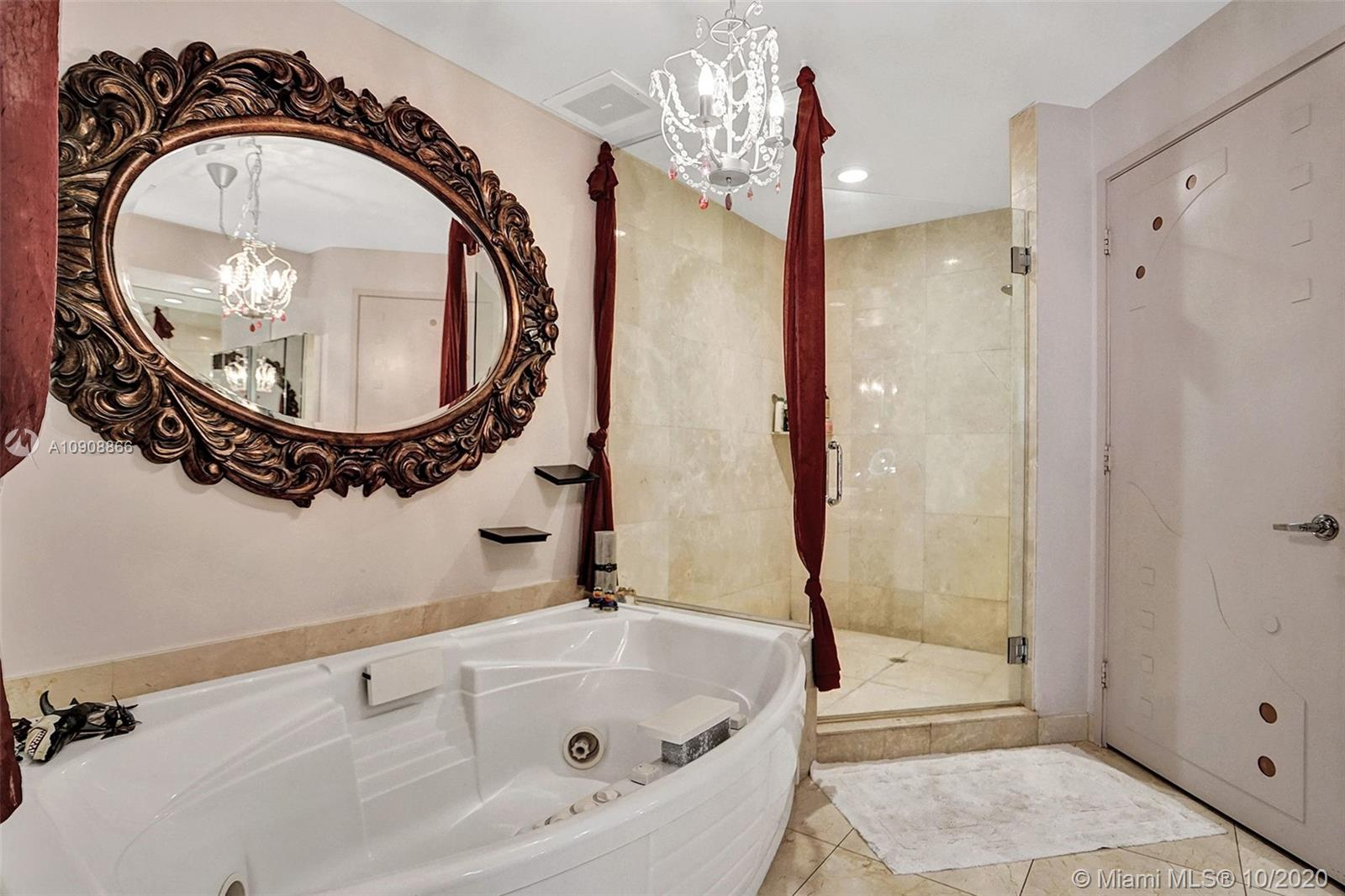 16275 Collins Ave #602 photo024