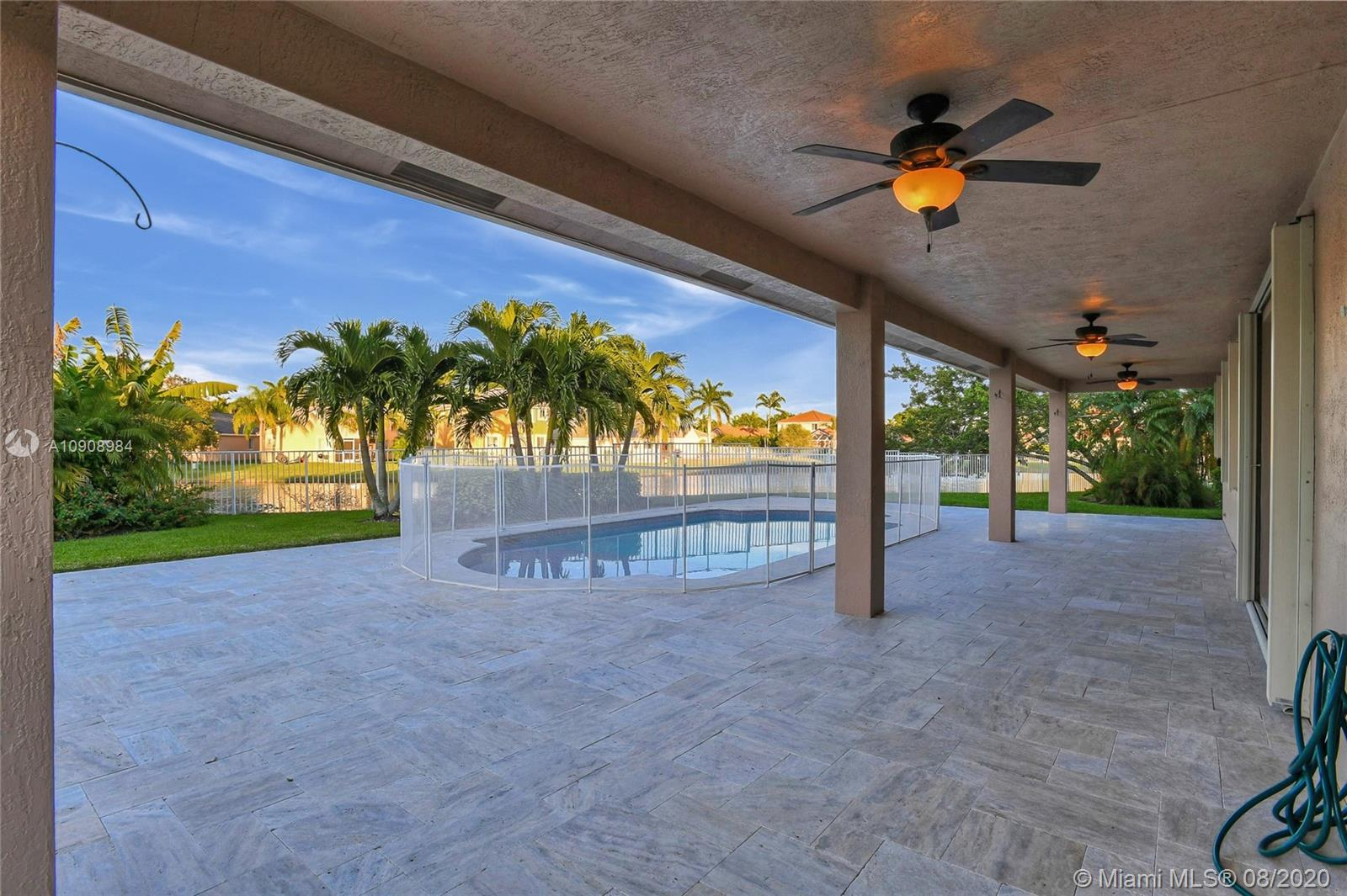 Thumbnail - 1284 Peregrine Way, Weston FL 33327