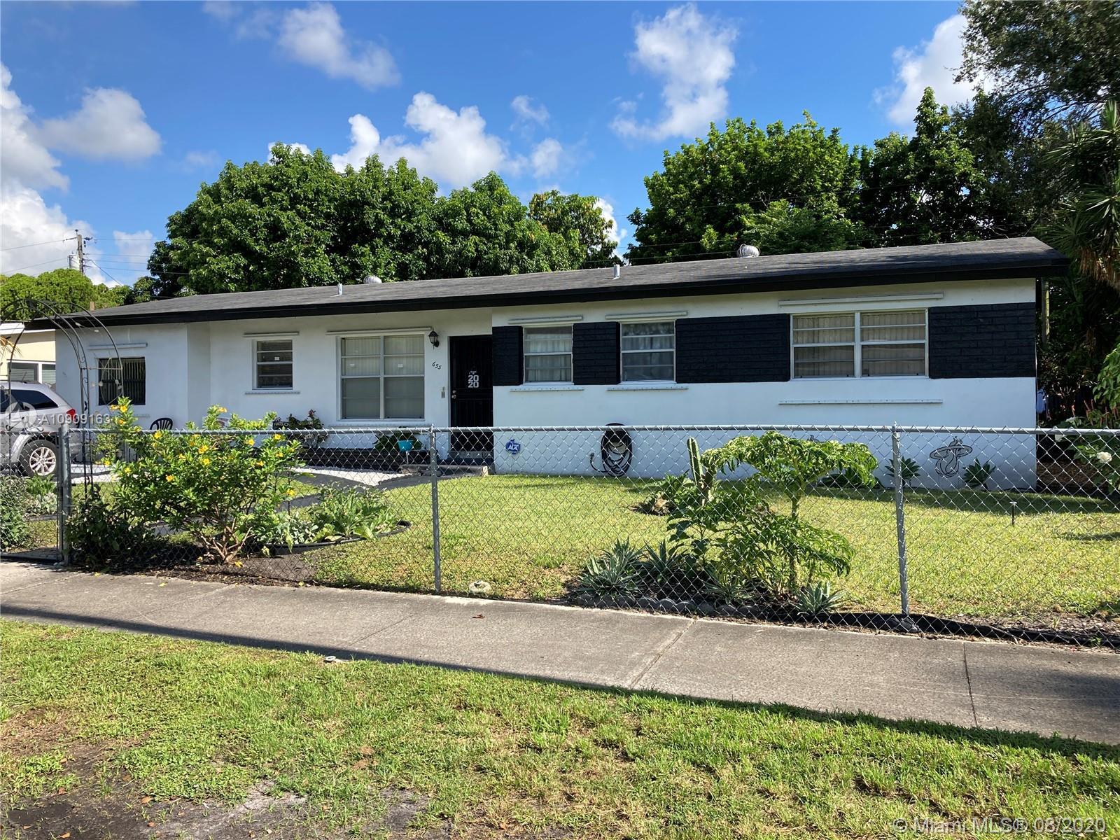 Windward - 655 NE 178th St, Miami, FL 33162