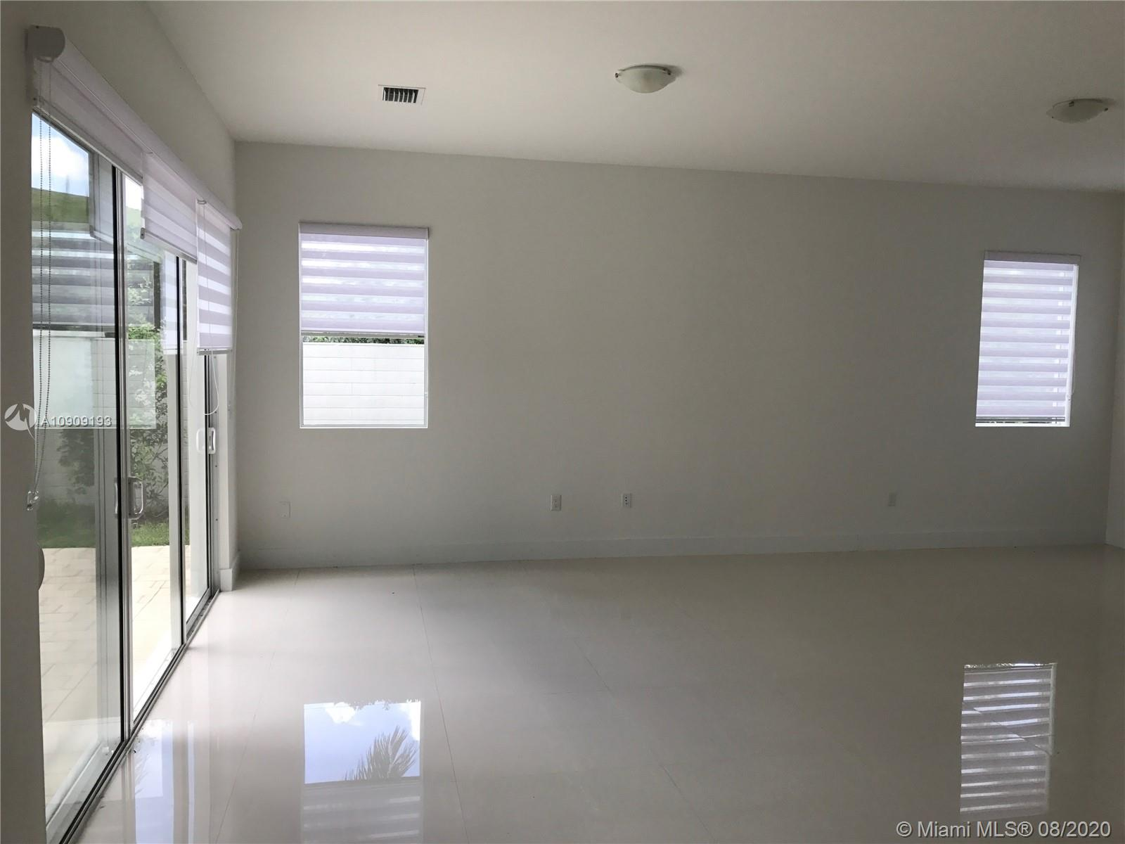 Doral Commons Residential #0 photo18
