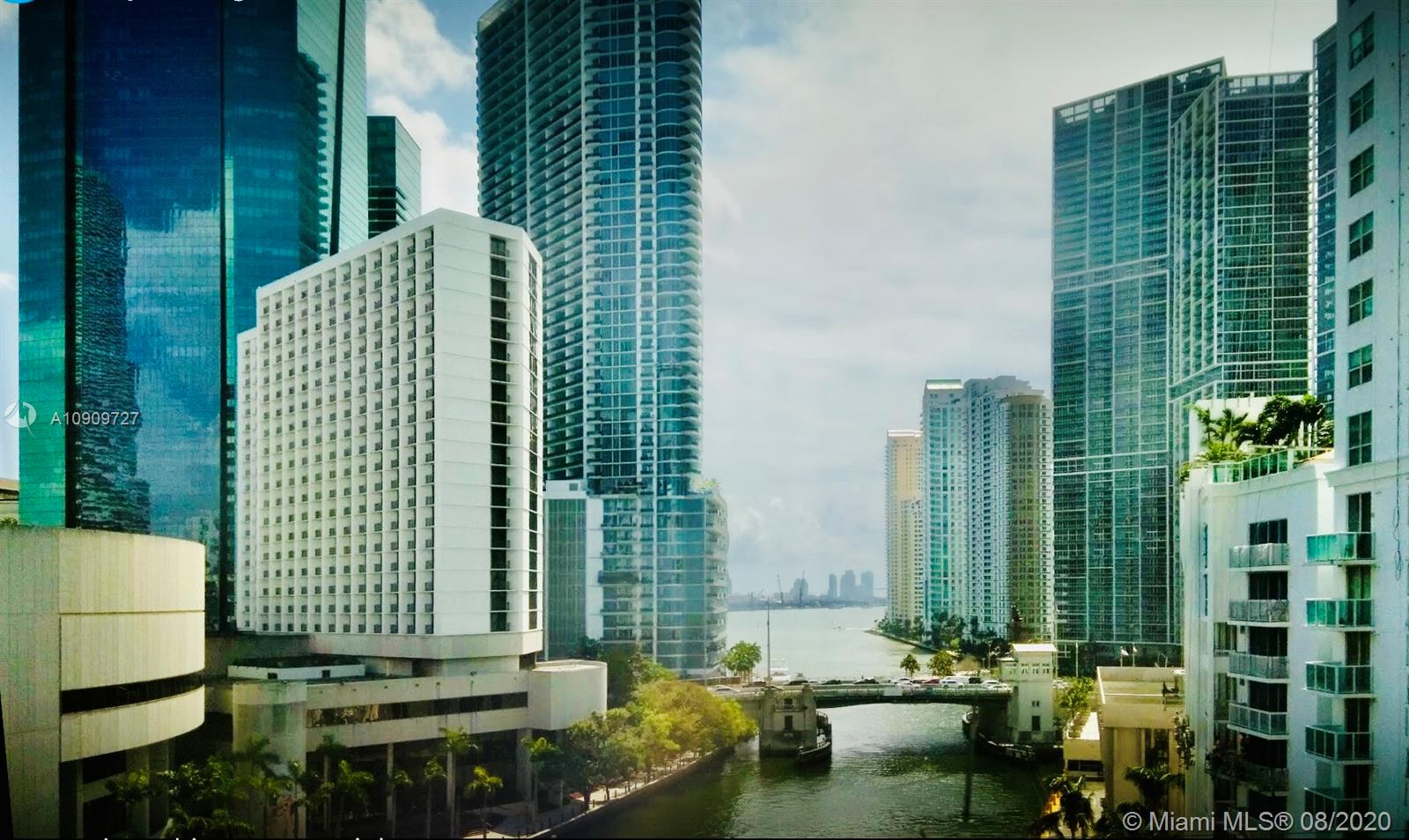 Brickell on the River #502 photo18