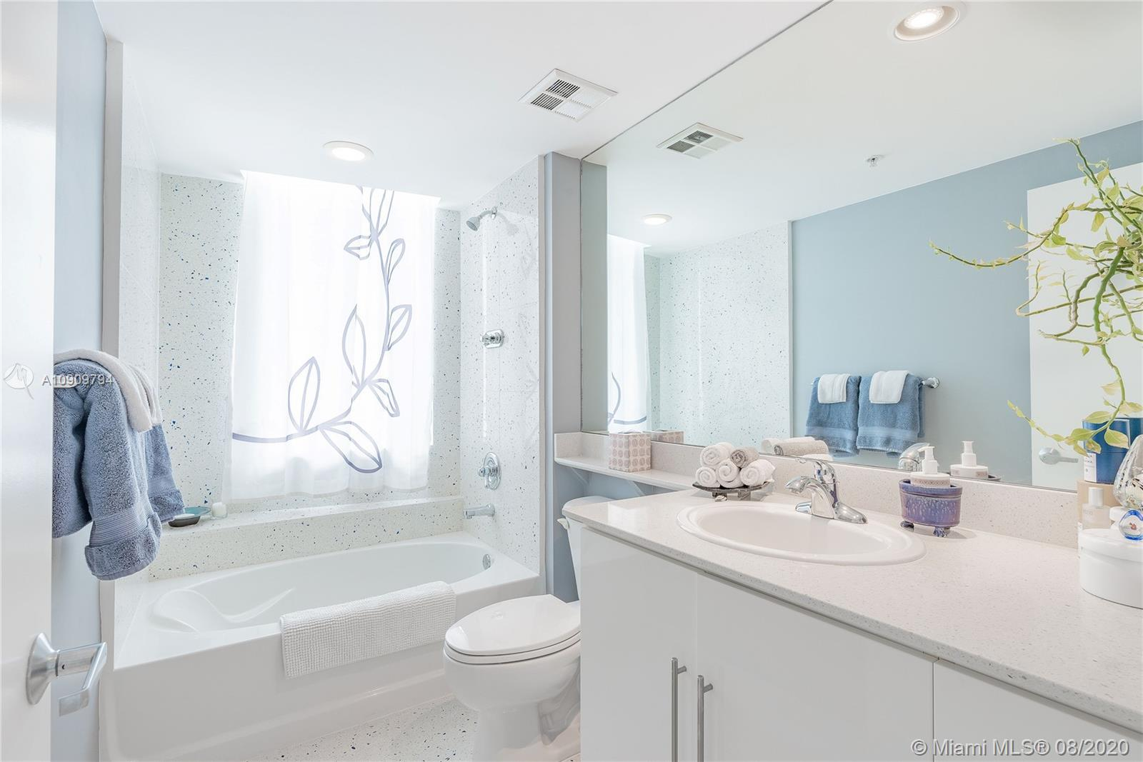 Photo of 325 S Biscayne Blvd #2226 listing for Sale