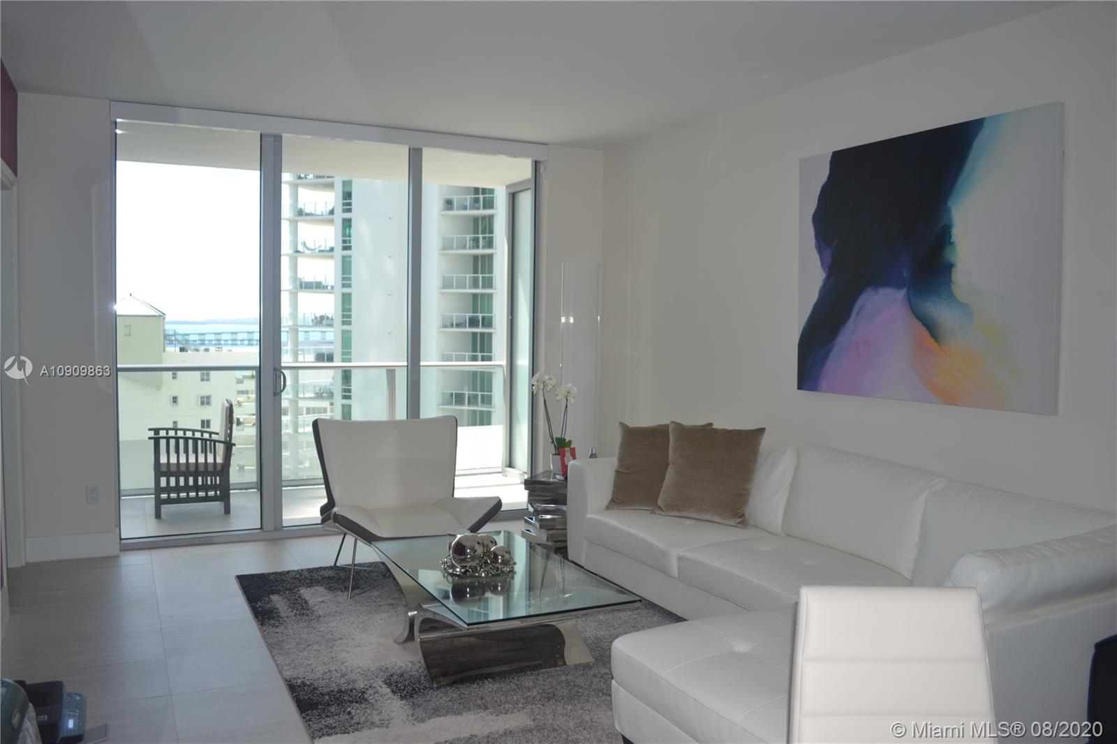 1300 Brickell Bay Dr #1708 photo017