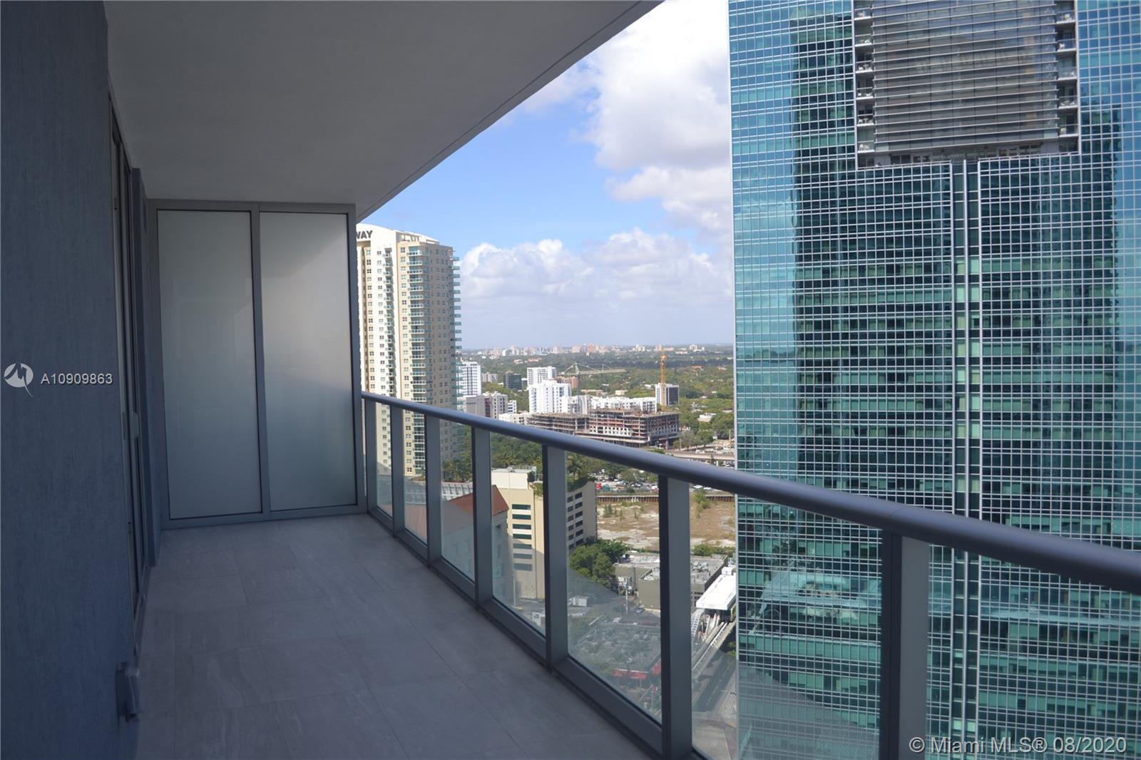 1300 Brickell Bay Dr #1708 photo09