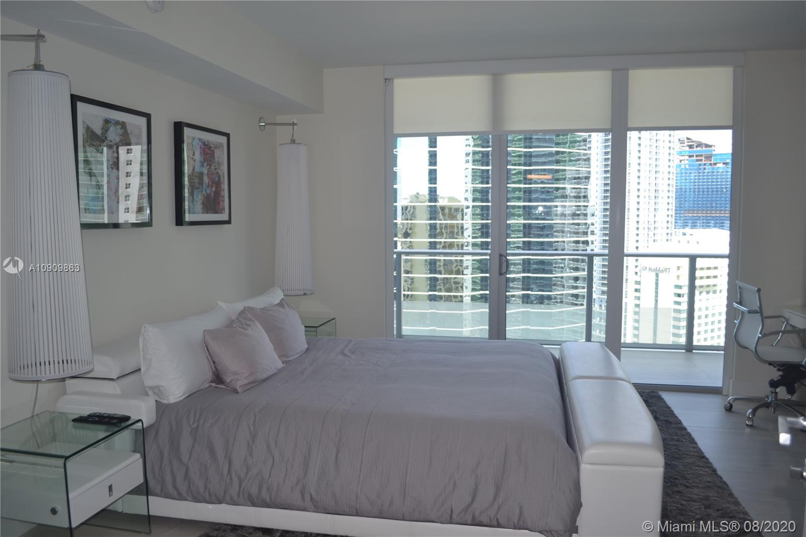 1300 Brickell Bay Dr #1708 photo08