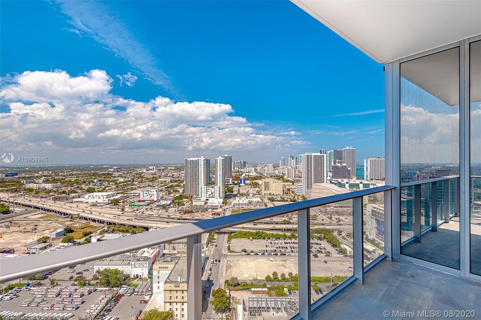 Paramount Miami Worldcenter #1702 photo23