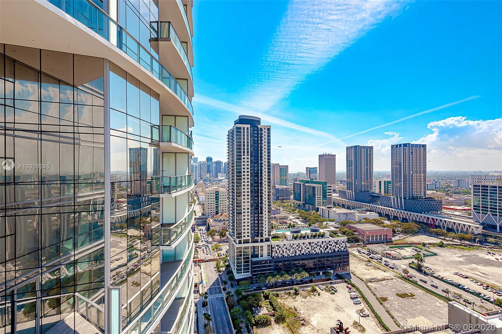 Paramount Miami Worldcenter #1702 photo26