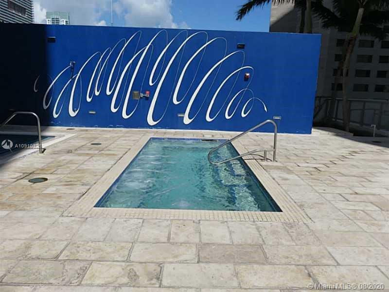 One Miami #817 photo12