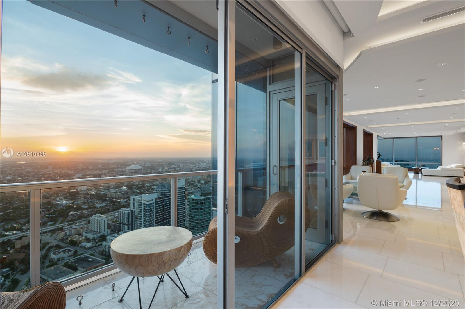 FOUR SEASONS RESIDENCE UNIT PH70BCD PHOTO
